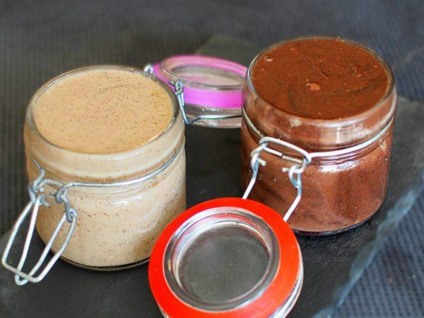Sauce sucrée saine pour des toppings de folie