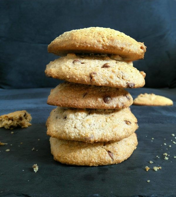 Cookies sains amande et avoine aux pépites de chocolat