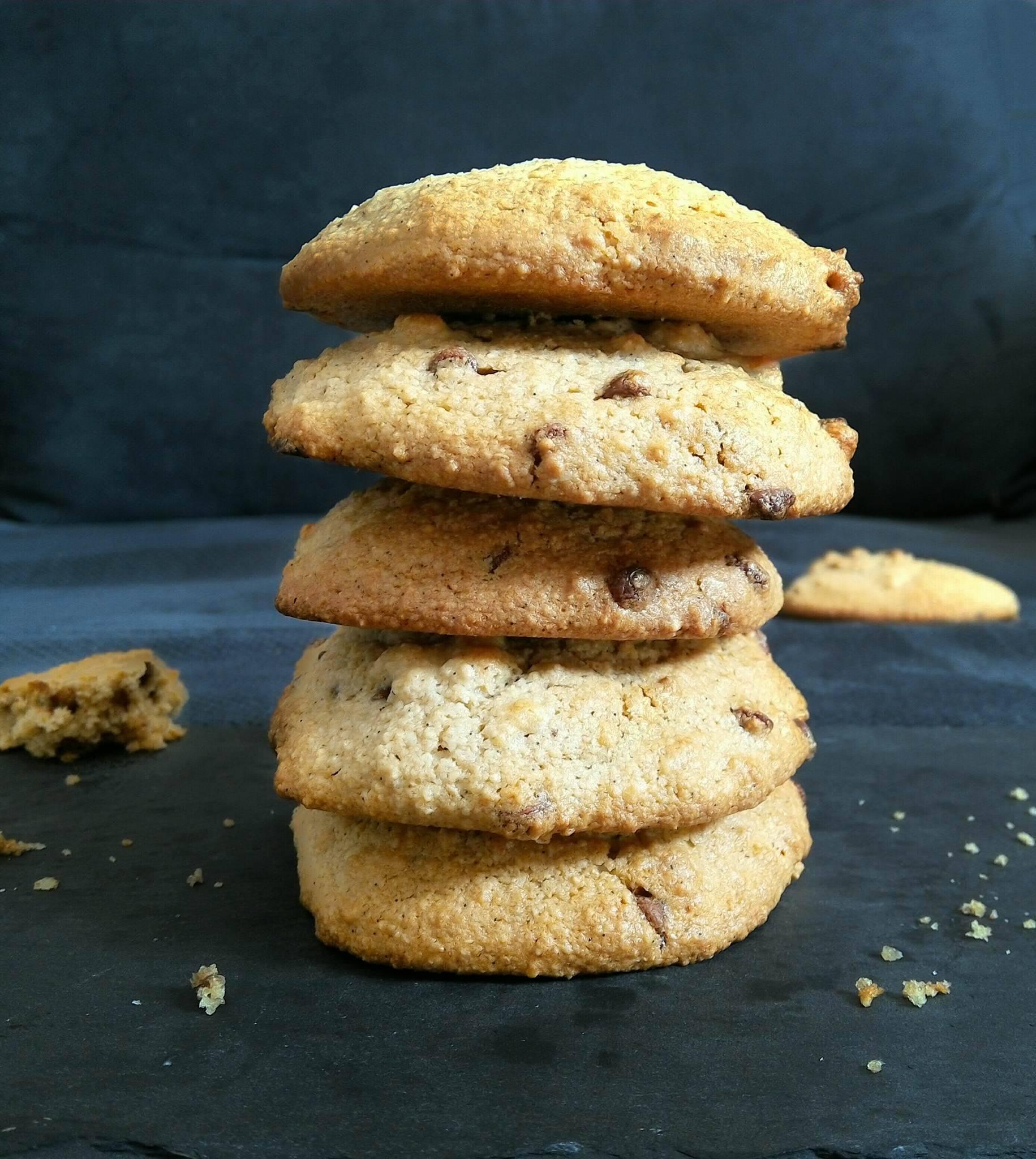 Cookies sains sans beurre aux pépites de chocolat avec option vegan