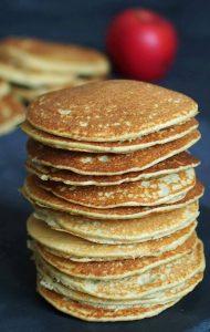 Pancakes pomme quinoa moelleux et fluffy