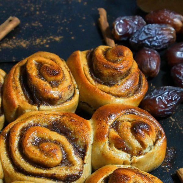 Brioches semi-complètes à la cannelle, la recette de cinnamon rolls saine