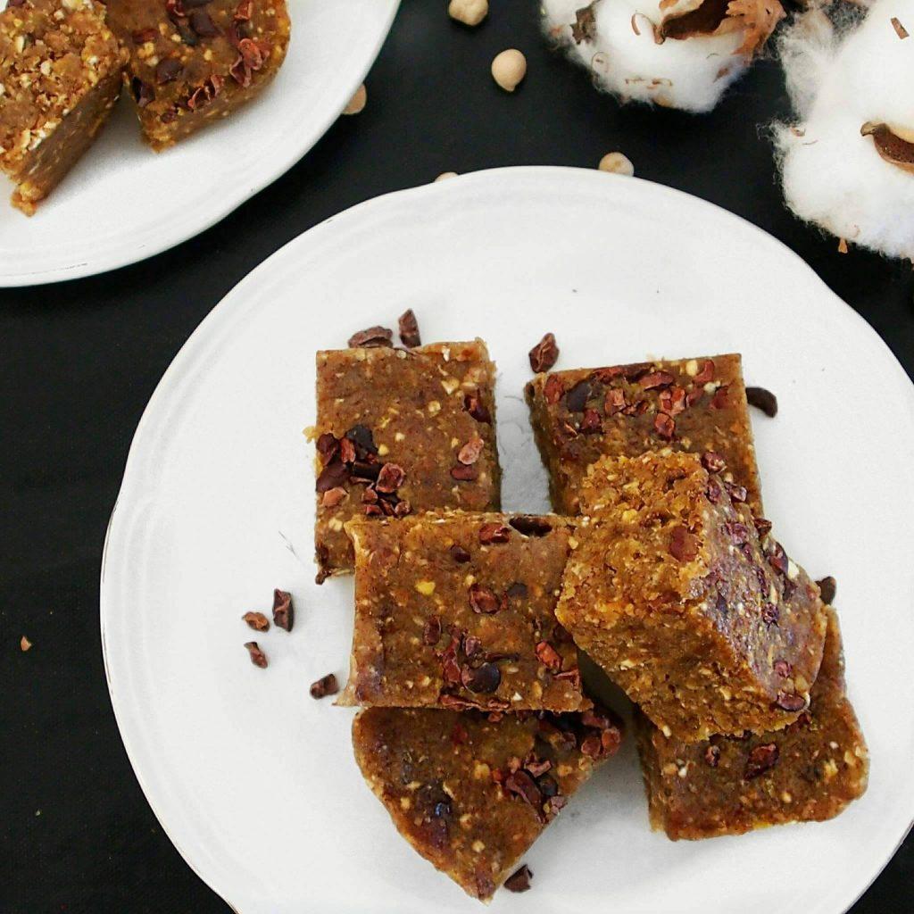 energy bites de haricots azukis topping coco râpé façon cookie dough de mail0ves - MailoFaitMaison