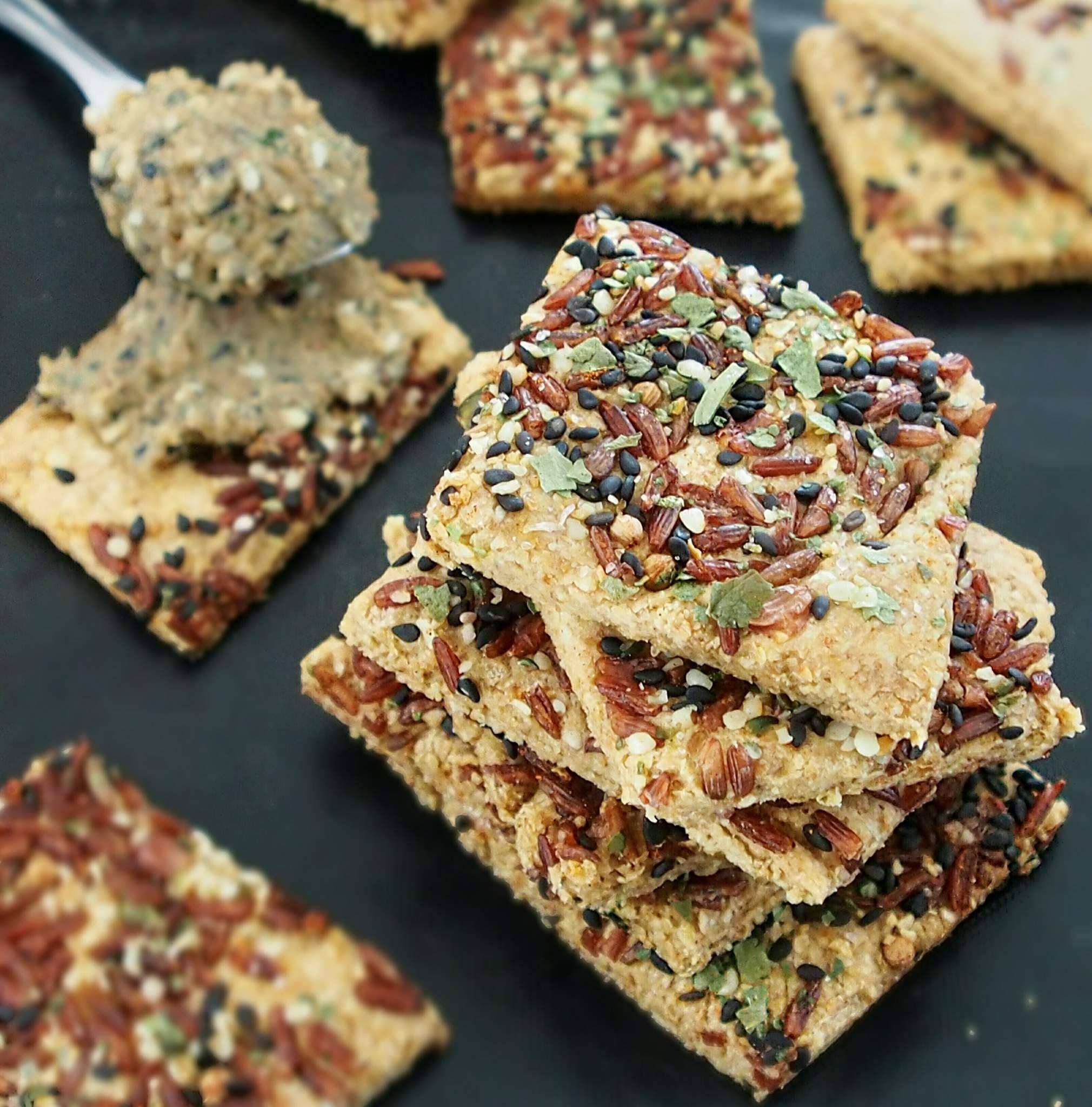 Crackers et Pâte brisée petit-épeautre et avoine sans beurre pour le sucré et le salé.