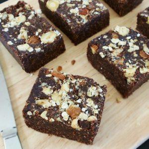 Browny square, la recette de brownie façon caramel sain et savoureux pour les en-cas légers mais toniques autour de l'entrainement.