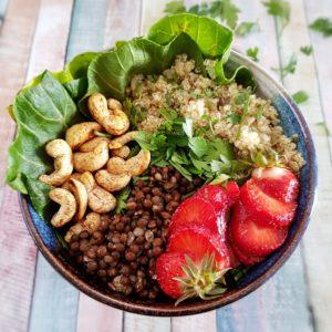 Bol santé vegan quinoa et lentilles