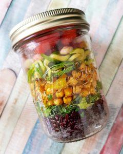 Salad in a Jar riz noir et pois chiche