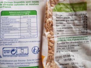 Comparaison nutriments farine complète de petit épeautre et grain entier