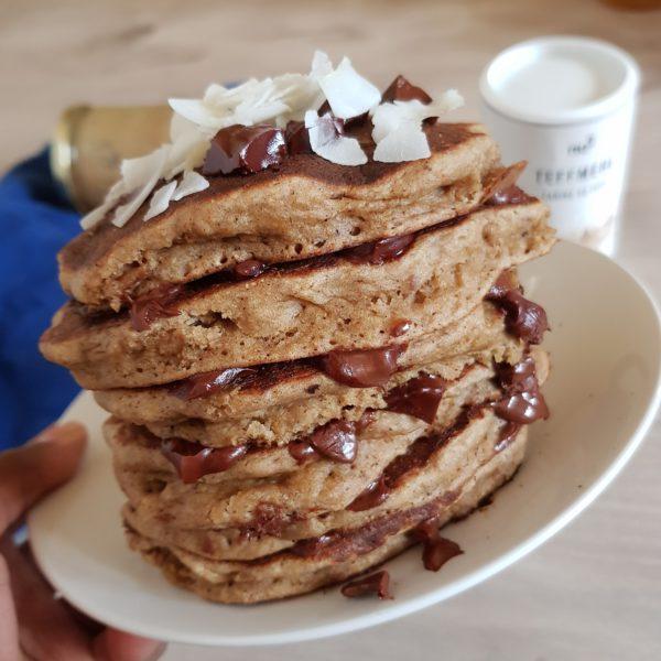 Pancakes à la banane vegans et sans huile.