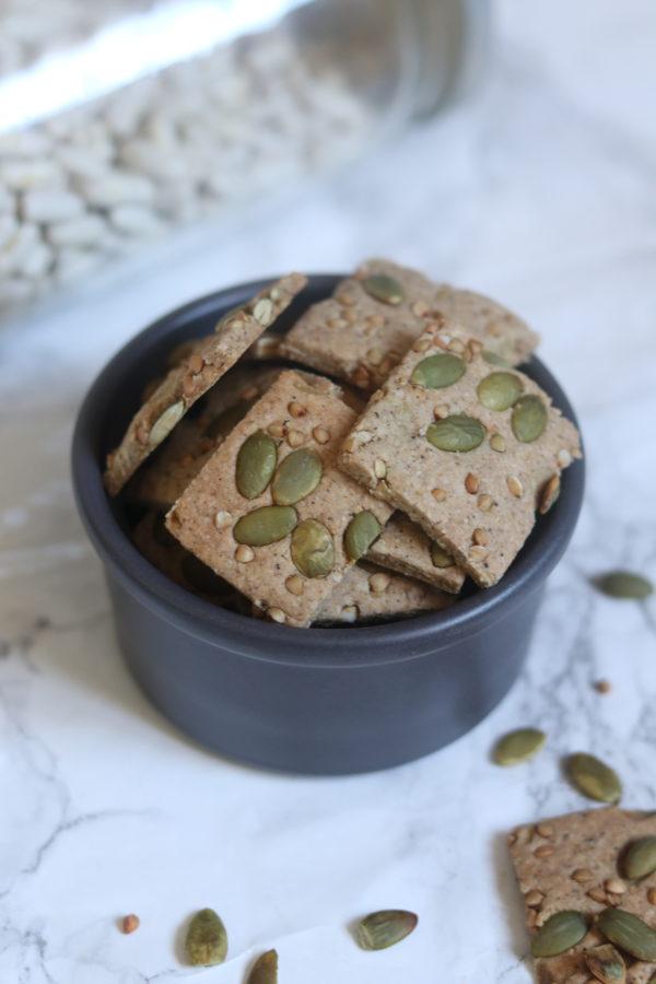 Ebook Vegan Et Protéiné Spécial Légumineuses de Mail0ves : 14 recettes protéinées sucrées, salées et de boulange. Recettes gourmandes et rassasiantes, uniquement avec des légumineuses entières - mailo fait maison