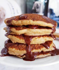 Pancakes Vegans Moelleux de Mail0ves - Mailo Fait Maison