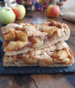 cobbler aux pommes healthy express. La recette sans beurre, vegan, sans pré cuisson et avec pâte sans sucre ajouté de mail0ves - Mailo fait maison