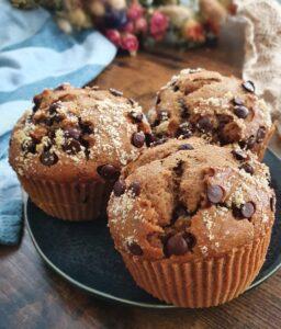 Muffins très simples aux pépites de chocolat. La recette healthy vegan et sans margarine de muffins faciles de mail0ves - Mailo Fait Maison